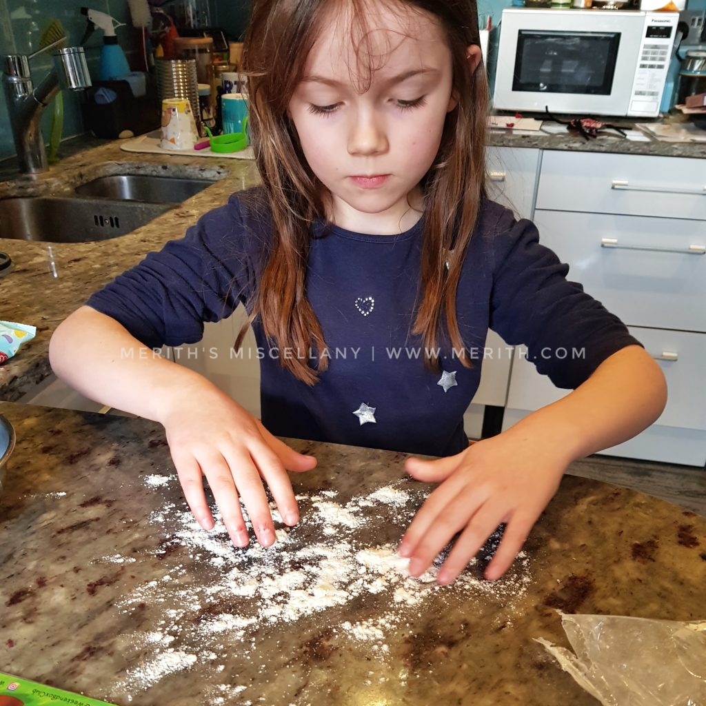 Review: Weekend Box February 2018 Kids' Activities